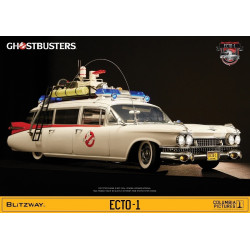 GHOSTBUSTERS – Ecto-1 –...